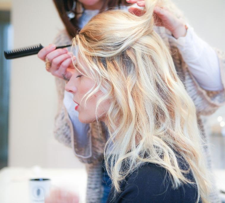 Devenir coiffeur à domicile SIMONE
